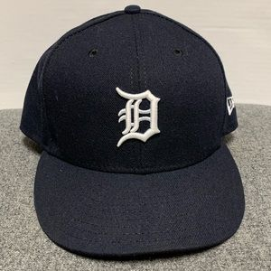 MLB Detroit New Era 59Fifty Field Cap Hat 7 3/8